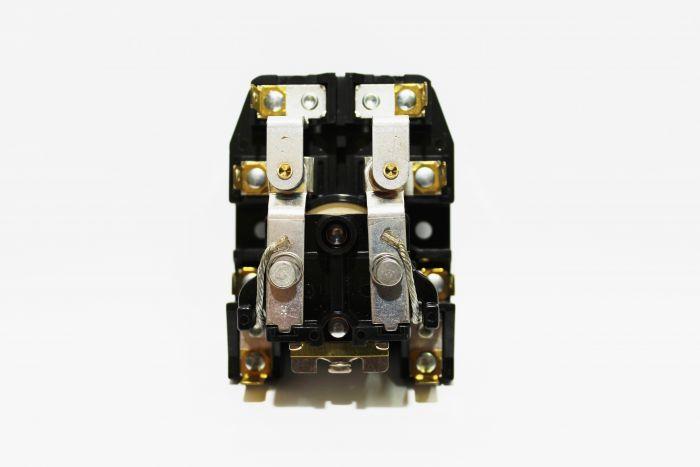 RELE 240V.ANTIGUO MILNOR PRD-60031. 220V/50HZ